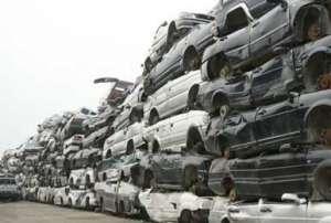 济南旧车回收厂积车成山 废旧车若不妥善处理会发生的严重问题资讯生活